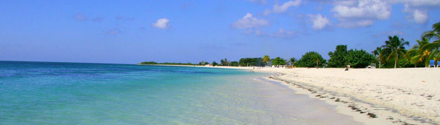 kuba cayolevisa strand meer
