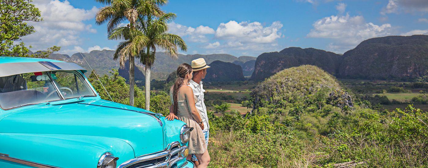 Kuba Vinales Tal Mietwagen Oldtimer WEB iStock 690240446