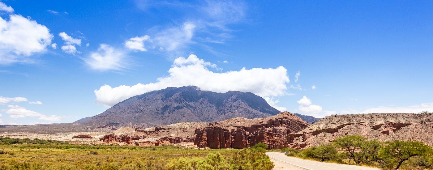 Argentinien Cafayate Landschaft iStock 1126154065