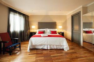Uruguay Montevideo Plaza Independencia iStock 823623444