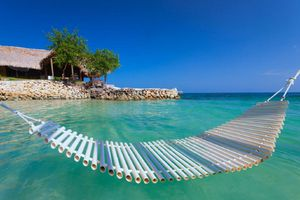 Kolumbien-Isla-Mucura-Hotel-Punta-Faro-Aussenansicht