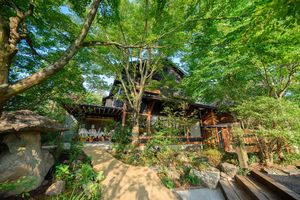 Japan Reise Beppu Umi Jigoku iStock 459893467
