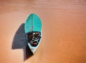 peru tambopata river