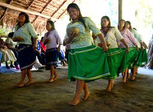 Frauen der Kichwa Gemeinde, Ecuador