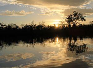 ecuador amazonas sonnenuntergang rio napo KGWKQUZ