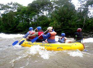 River-Rafting-Tour auf dem Amazonas, Ecuador