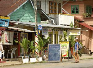 Panama-bocas-del-toro-town