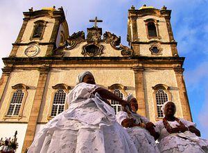 Brasilien Salvador Kirche Frauen