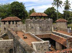 Guatemala-Rio-Dulce-Castillo-de-san-felipe-de-lara-in-guatemala