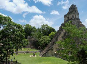 Guatemala Tikal tempel2