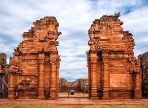 Argentinien Posadas Ruinen San Ignacio iStock 534774052