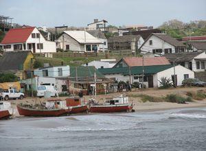 Uruguay Punta del Diablo Haeuser