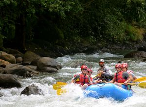 Costa Rica Pacuare Rafting Turrialba