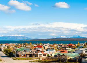 Chile Puerto Natales Stadt iStock 475993168
