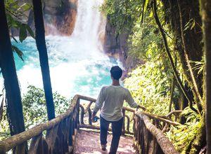 Costa Rica Rio Celeste iStock 514061614