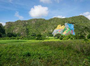 Kuba Vinales Mural iStock 499430906