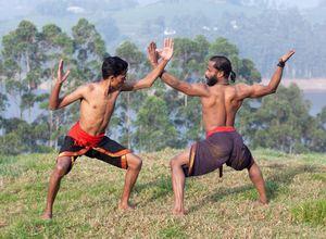 Indien Kochi Kathakali Kampfkunst Tanz Vorfuehrung