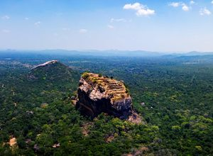 Sri Lanka Sigiriya Loewenfelsen Pindurangala beliebteste Sehenswuerdigkeit