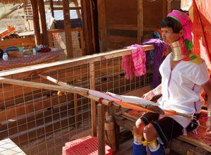 Myanmar Loikaw indigen Einheimische Langhalsfrau