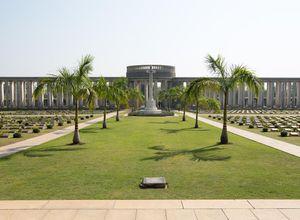 Myanmar Taukkyan Friedhof Ausflug Stopp