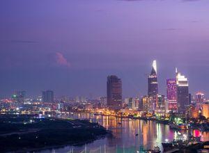 Vietnam HoChiMinhCity Saigon bei Nacht City Life Skyline