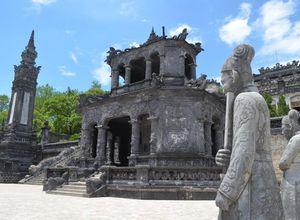Vietnam Hue Khai Dinh Tomb Besichtigung Grabstaette