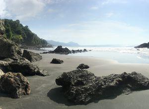 kolumbien nuqui pazifik strand min