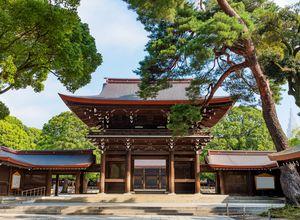 Japan Meiji Shrein Sehenswürdigkeiten Tokyo iStock 1177866573