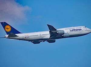Lufthansa Abflug Urlaub Papaya Tours