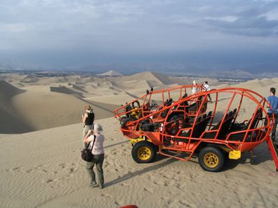 peru huacachina buggy