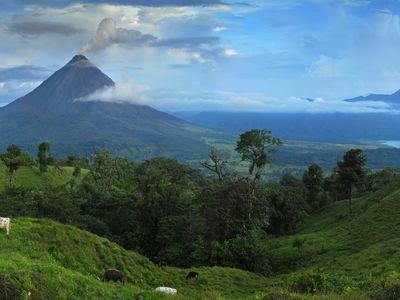costa rica arenal vulkan