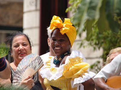 Kuba - lachende Frau