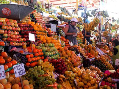 Markthalle in Arequipa, Obst und Früchte