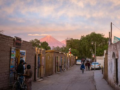 kleine Straße in San Pedro de Atacama, Chile