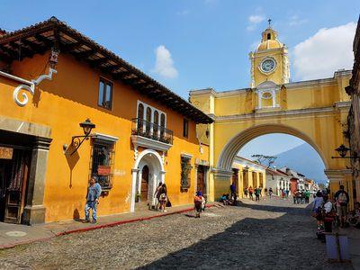 Guatemala-Antigua-Tor