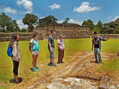 Guatemala-Iximche-Gruppe