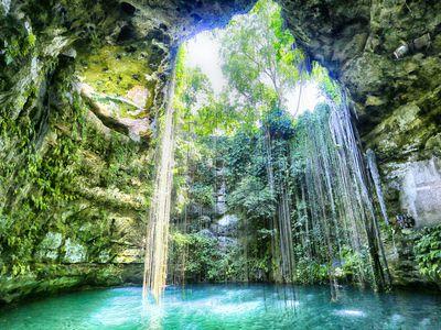 Mexiko Yucatan Cenote iStock 471176226