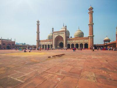 Indien Delhi JamaMasjid Moschee Freitag schoenes Gebaeude