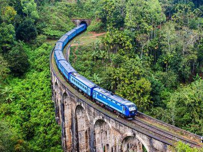 Sri Lanka Ella Nine Arches Bruecke Panoramazugfahrt
