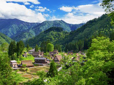 Japan Shirikawago Japanische Alpen iStock 990413060