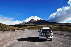 ecuador cotopaxi auto