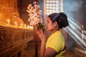 Myanmar Tempel Frau Buddhismus